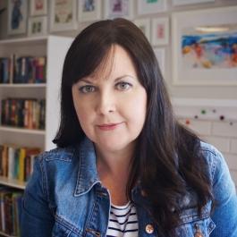 Sarah Epstein 3 sq profile LR
